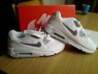 nike air max 90 essential trainers new and boxed