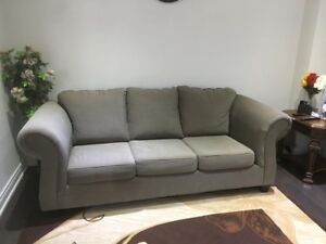Amazing Living Room set 3 Piece Sofa and Table