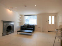 Modern 1 bed in the heart of Angel with a private patio and access to a shared garden.