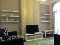 Super double room in SPACIOUS house Just £69pw!