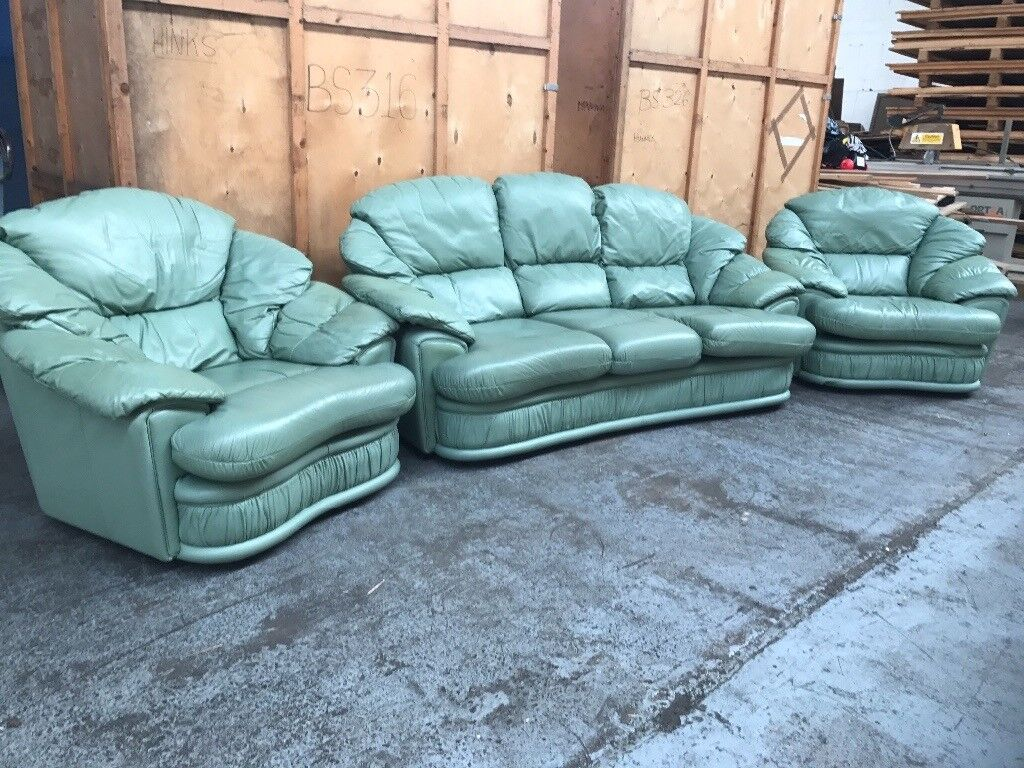 Green leather 3 seater & 2 chairs