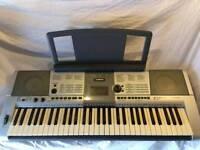 Yamaha Keyboard E403