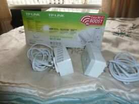 TP Link WiFi signal boost system