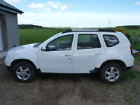 For sale: Dacia Duster 1.5 DCI Laureate 4x4, highest specification, low mileage!