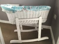 Joules Moses Basket with stand