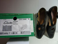 Clarks Sunshine flat shoes size 5 (38)