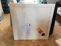 900x900 shower tray