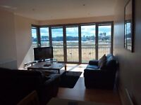Stunning Executive fully furnished 2 bed flat to rent - immediate entry available