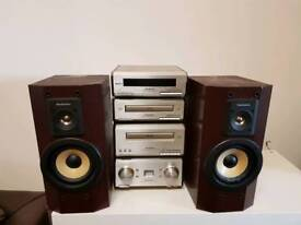 Old school separate technics stereo