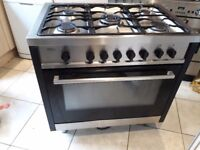 Duel fule free standingrange cooker