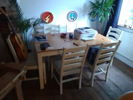 John Lewis Dinning table with 6 chairs (used)