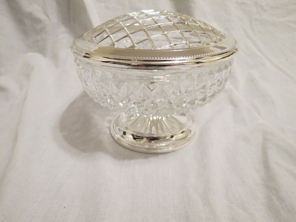71eee135d139 Silver Plated Lead Crystal Rose Bowl