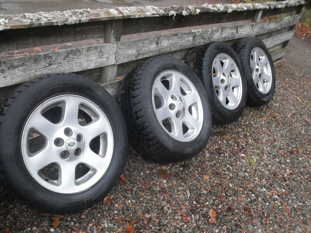 land rover discovery td5 alloys in inverness highland. Black Bedroom Furniture Sets. Home Design Ideas