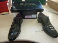 Mens Black Konner shoes, VGC
