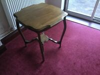 Antique occasional table, very pretty, great condition