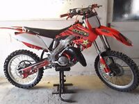 ** HONDA CR125 FANTASTIC CONDITION * LOADS OF NEW PARTS * 250 CR 125 KX RM KTM YZ **
