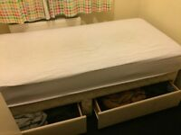 Quality Used single bed 2 draws Slumberland (recomend new mattress)