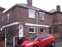 TO LET - EXCELLENT MODERNISED 2 BED SEMI DETACHED - 10 Dhu Varren Crescent , Belfast