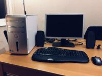 """Dell Inspiron 530 PC 3GB RAM, 250GB HD, Intel Core 2 Duo 2.53GHz, 19"""" Monitor"""