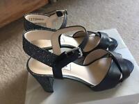 Gorgeous brand new clarks ladies heels size 6