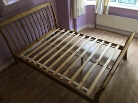 King Oak Bedstead