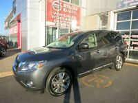 2013 Nissan Pathfinder PLATINUM  FULLY LOADED WITH GPS