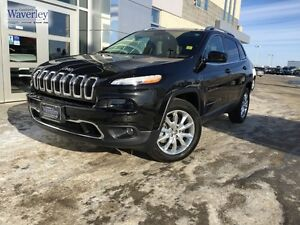 4WD *Leather/Navigation/Backup Camera