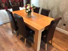 Solid Oak 6 Seater Table Perfect Condition