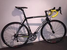 Pinarello neor, Size 56 road bike, Carbon / alloy frame.