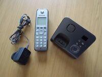 Panasonic cordless telephone KX-TG6721EM