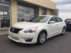 2013 Nissan Altima 2.5 S A/C BLUETOOTH