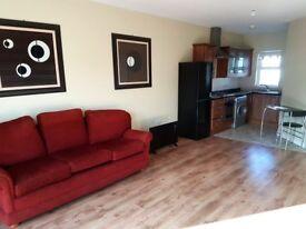 Modern furnished 2 bedroom apartment to let in Glenavy