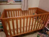 Solid wood Babies 'R' Us matching cot bed and Drawers