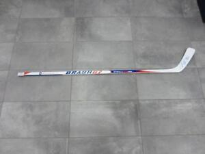 bâton hockey gaucher signé BRASH87 #F027380