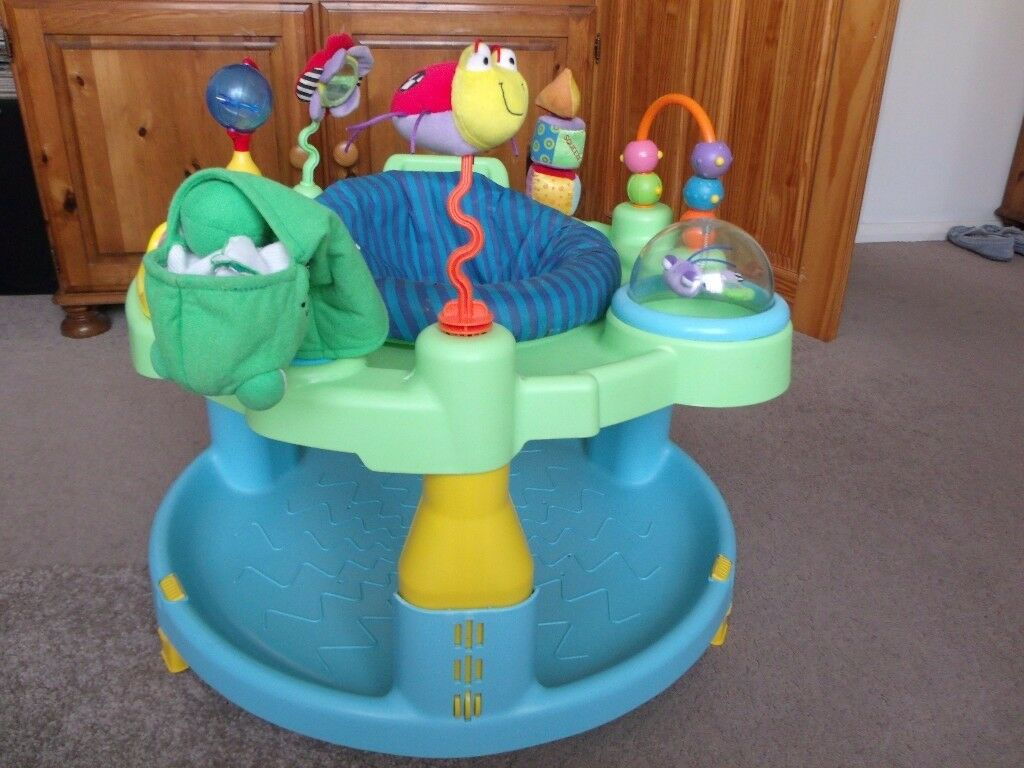 Graco Play to Learn Activity Centre.