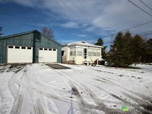 $194,900 - Bungalow for sale in Kemptville
