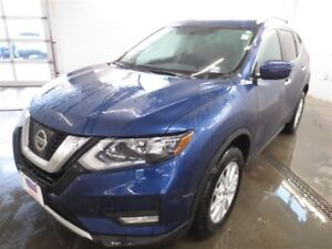 2017 Nissan Rogue SV! Moonroof! B-Up Cam! Save over $6400!