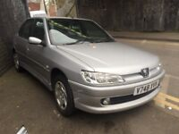 peugeot 306 1999 1.6 petrol silver 5dr Breaking For Spares - wheel nut