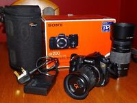 Sony DSLR-A200 digital camera with DT18-70 mm lens and 75-300 mm lens and cases