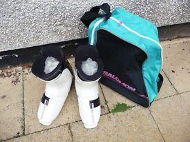 Salomon Ski boots + Carry Bag