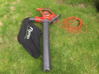 Flymo Powervac 3000 Electric Garden Vacuum leaf collector shredder 220v 3000w RRP £145