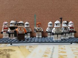27 Mixed Lego Star Wars Minifigures with Props