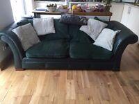 Dark green Chesterfield Sofa