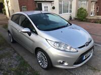 Ford Fiesta 1.4 titanium £4595