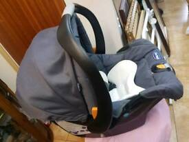 CHICCO baby car seat age 0-13kg