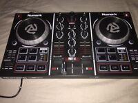 Numark party mix mixing deck