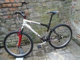 GT Aggressor Mountain Bike alloy frame