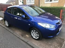 MAZDA 2 ts2 59 reg 1 lady owner only 40000 miles