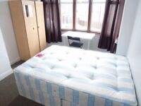 Single Room with Double Bed in Woodhouse Avenue UB6