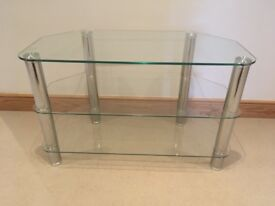 Ideal for small TV or room. Measures 80 x 40 x 50mm high. good condition.